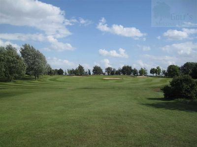 Owmby Golf Club, Market Rasen, Lincs. View of the course.