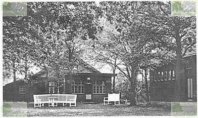 Oostvorne Golf Links. The clubhouse in 1938.