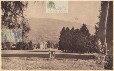 Uriage Golf Club, Isère (38), France. View of the course with players.
