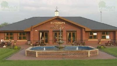 Boysnope Park Golf Club, Barton Moss, Manchester. The Clubhouse.